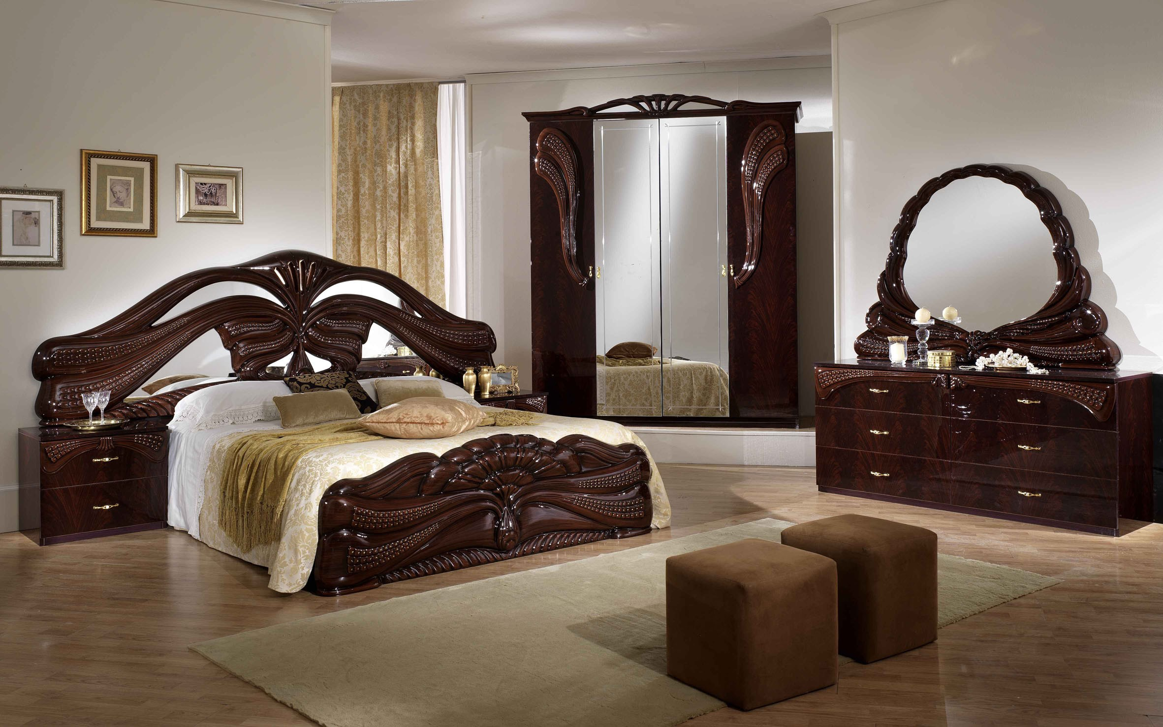 decoration chambre baroque moderne. Black Bedroom Furniture Sets. Home Design Ideas